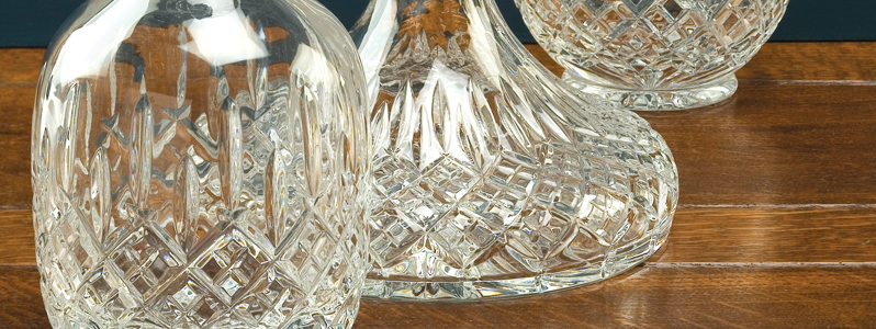 London Decanters & Wooden Sets